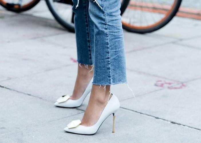 كيف تختارين الحذاء المثالي ليتماشى مع الجينز القصير؟